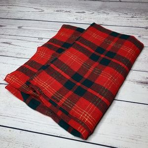 Vintage Christmas Classic Plaid Woven Tablecloth